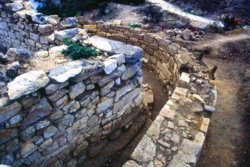 grobnica-aristotelya-3