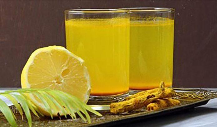 Как с помощью лимонада из куркумы