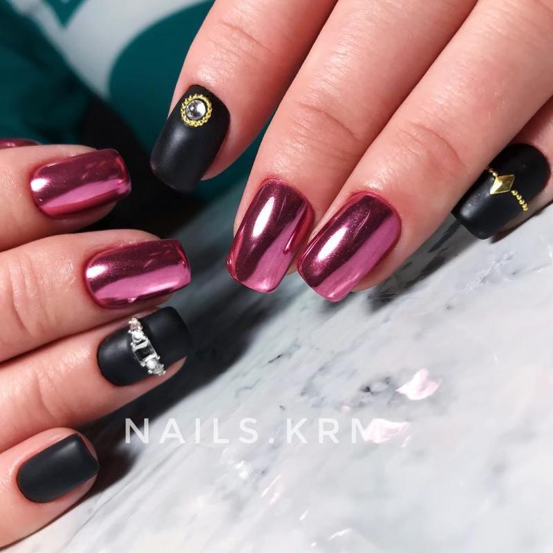 черно-розовый маникюр 2019 фото_21
