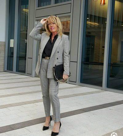 17 стильных идей как носить брюки в 60 лет