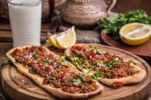 Лахмаджун  Lahmacun  Турецкая пицца