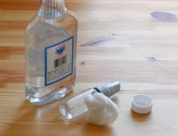 10 неожиданно полезных способов применения водки в быту