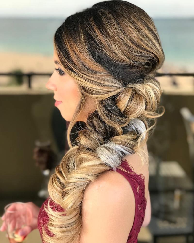 длинные волосы с косой челкой фото 3