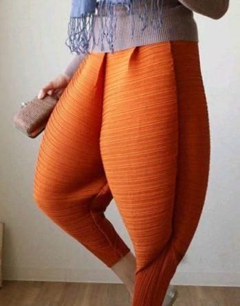 Новый тренд в мире моды: брюки для «горячих цыпочек»