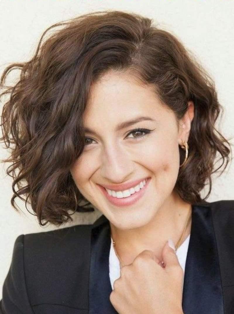 5 причёсок, которые сделают вас моложе