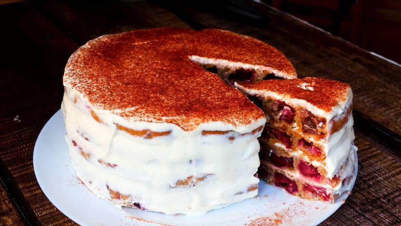 Сметанный торт «Монастырская изба»