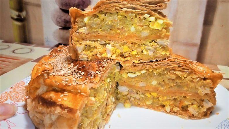 Лентяйский пирог из лаваша с капустой и мясом