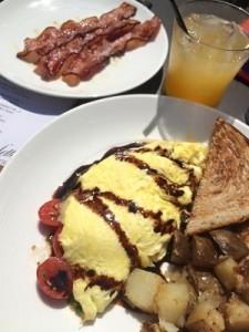 Caprese Omelette at Palatte Bistro - Promote Michigan