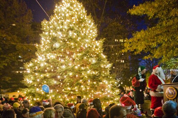 kentwood-christmas-tree-lighting