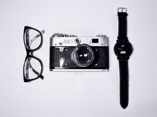 watch-camera-retro-glass-black-product-40666-pxhere.com