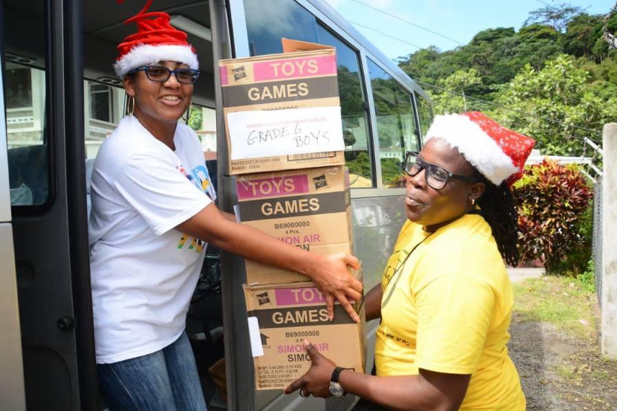 Sandals Foundation Volunteers Delivering Gifts