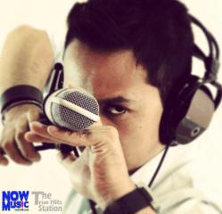 Locutor en Now Music Radio