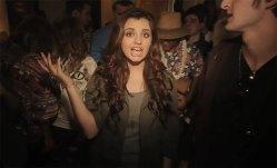 ¡Rebecca Black contraataca en Sábado!