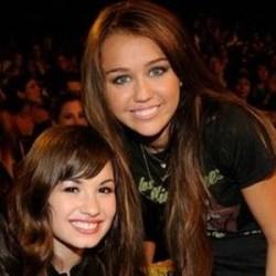 #NowNews : Miley Cyrus y Demi Lovato hacen como si nunca se hubieran conocido