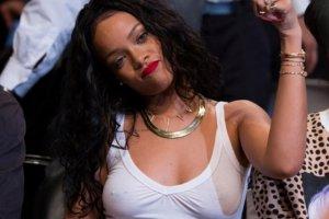 Rihanna-animo-a-los-Nets_54406366289_54115221152_960_640
