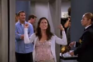 #Televisión ¿ Ya viste esta escena borrada de Friends ?
