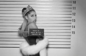 #NowNews: Ariana Grande explica porque no le va bien en el amor