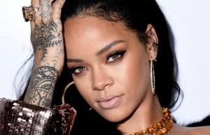 #NowNews: Rihanna se conmueve hasta las lágrimas en concierto