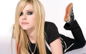 #MúsicaNueva : Avril Lavigne regresa con un nuevo álbum (+imágenes)