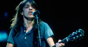 #NowNews : Malcolm Young deja para siempre AC/DC