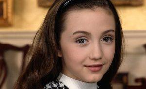 #Retro ¿ Es enserio que así luce actualmente está actriz de La Niñera ?