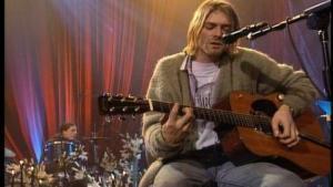 ¿Qué pasa si bebes alcohol y escuchas a Nirvana a la vez?
