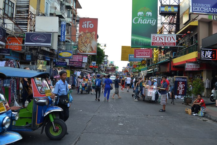 Bangkok khao san road shopping noworries