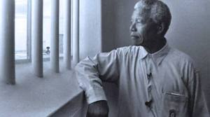 Barack Obama assina o prefácio sobre livro de Nelson Mandela