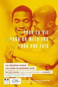 une des affiches de prévention ciblée par les homophobes à Nantes