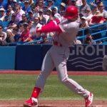 大谷翔平(23)MLB1年目 4勝1敗 防御率3.35 投球回40.1 奪三振52 WHIP1.07 打率.319 6本塁打 19打点 OPS.991