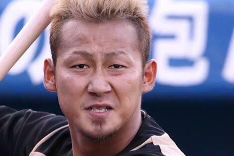 中田翔 打率.228(197-45)12本35打点OPS.744