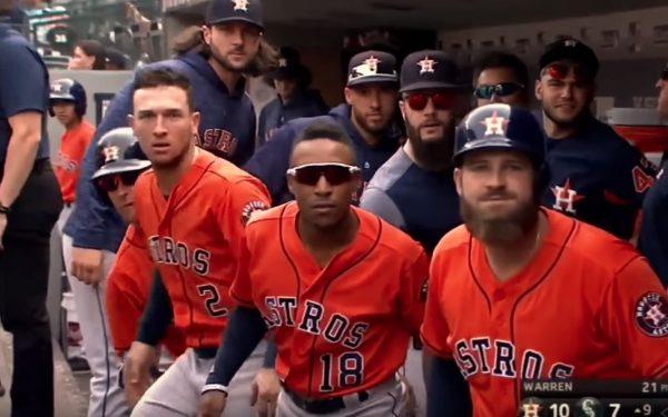 【GIF】MLBアストロズのホームラン後のドヤ顔パフォーマンスが面白いと話題に