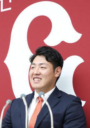 【契約更改】巨人・岡本、6800万円増の年俸8000万でサイン