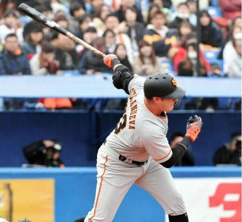 【悲報】巨人ビヤヌエバさん、野球のルールを忘れかける