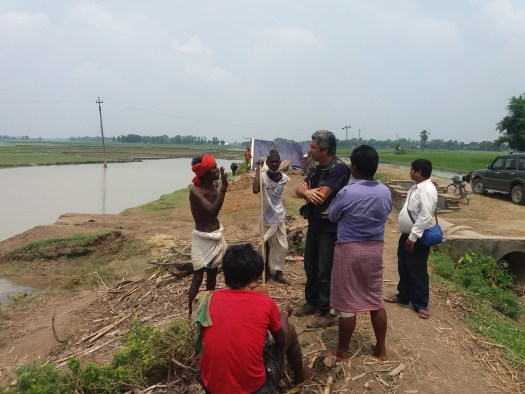 Dr. Dixit in communication with Musahar people relating to their health status.