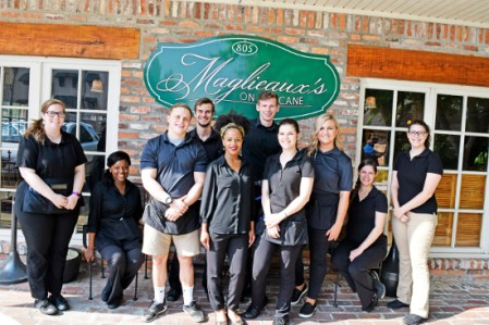 Travel - Maglieaux's Riverfront Restaurant