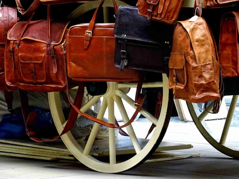 bags brown carriage handle