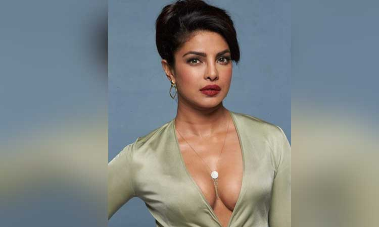 On Priyanka Chopra S Grammy Dress Fashion Designer Said There Is An Age To Wear Some Clothes