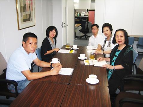 20150902ミャンマーNLD日本代表タンゼン・ウ氏来法01