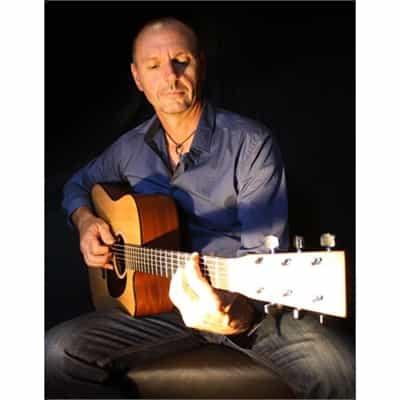Neil McCann : Drums, Guitar