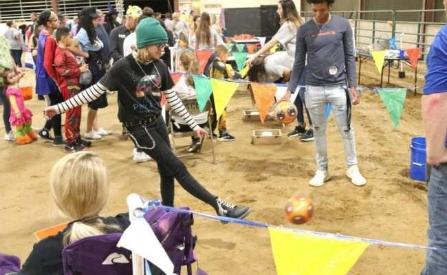 Halloween Fun Brings Crowds To Trunk Or Trot And Safe Nite