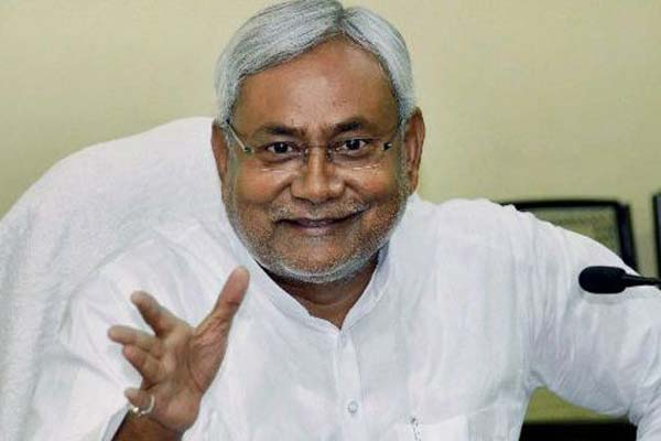 Nitish leaves Bihar 'high and dry': Country-made, foreign liquors banned from today