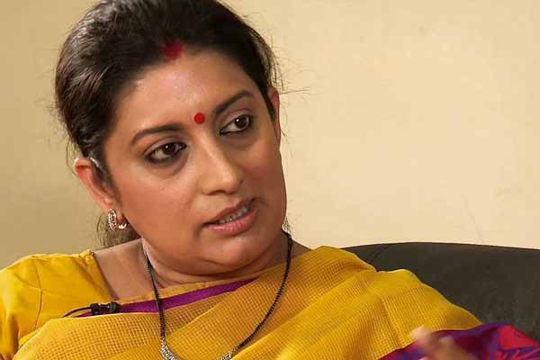 Smriti Irani escapes unhurt in car accident on Yamuna Expressway​