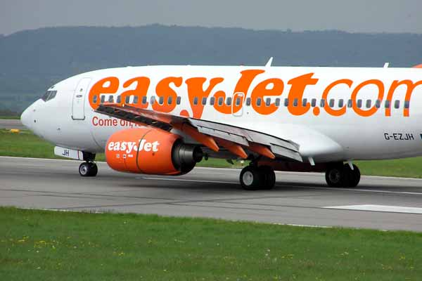 easyJet opens base at Schiphol Airport, Amsterdam