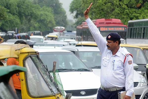 Over 85,000 complaints on WhatsApp regarding traffic violations in Delhi