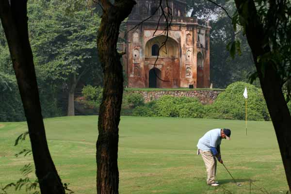 Delhi Golf Club booked for negligence as kitchen keeper drowns