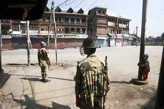 Separatist called shutdown affects life in Srinagar