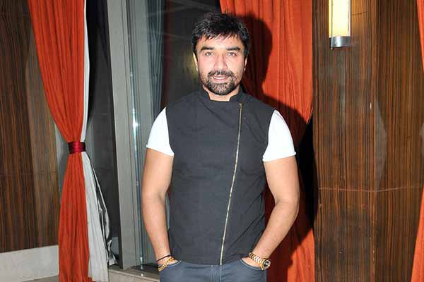 Ajaz Khan will be seen as a chief guest on the Life Ok popular show Comedy Classes on completion of its 100 Episodes