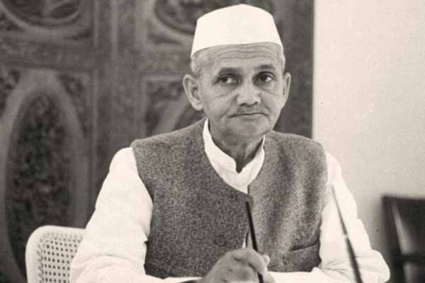 Lal Bahadur Shastri's sons sought declassification of files relating to father's death