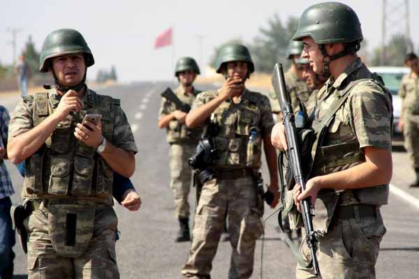 Several Turkish soldiers killed in major PKK attack